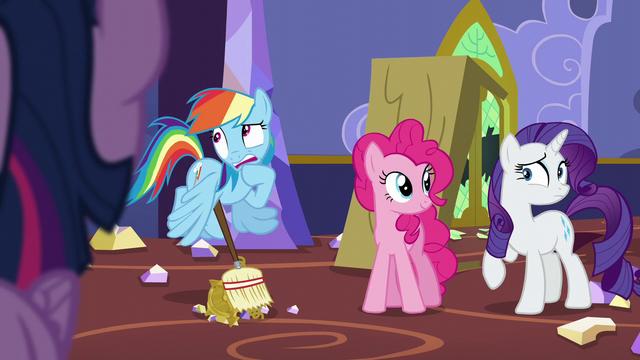 """File:Rainbow """"Um..."""" S5E11.png"""