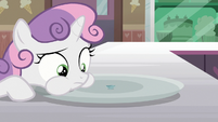 Sweetie Belle eats the Filly Clown Surprise S7E6