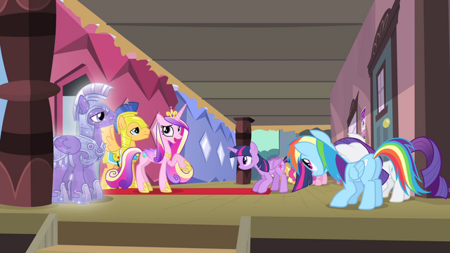 File:Cadance 'I'm teasing, Twilight' S4E11.png