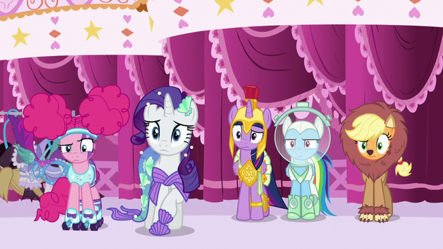 File:Main five looking at Fluttershy confused S5E21.png