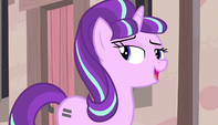 "Starlight ""boost to our little community"" S5E1"