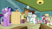 Spike, foals, and doctors look at Twilight and Flurry S7E3