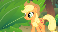 Applejack happy with the CMC S1E18