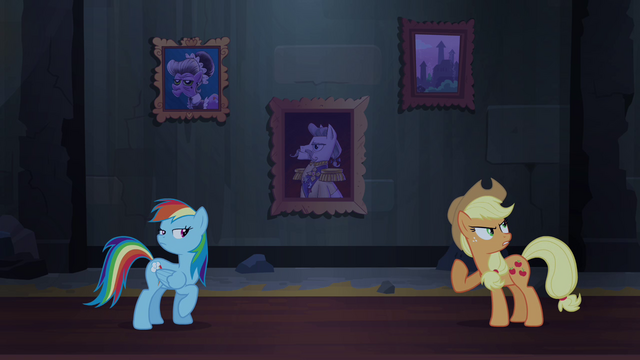 File:Rainbow and Applejack argue S4E03.png