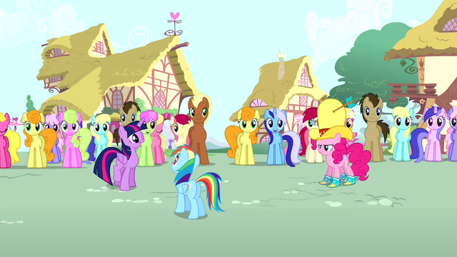 File:Twilight calling Pinkie's name S4E12.png