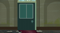 The door to the 'Rarity for You' boutique from the inside S6E9