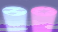Twilight and Rarity's pony signals S4E07