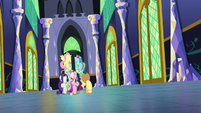 Main five and Cadance walking down castle hall S5E19