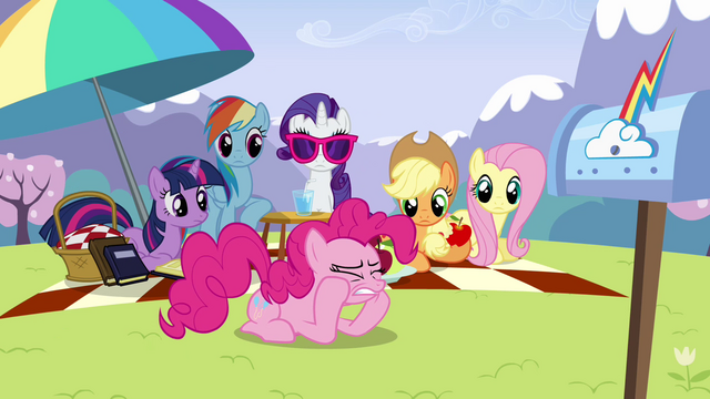 File:Pinkie Pie clenching teeth S3E7.png