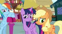 Twilight and Applejack afraid to talk to Pinkie S4E18