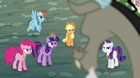 Twilight demands Discord's help S4E01
