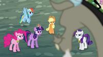 Twilight demands Discord's help S4E01