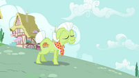 Granny Smith appears S3E6