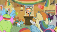 Rainbow Dash Fan Club Meeting S2E8