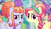"Amber Laurel ""sure looks like Princess Twilight"" S6E16"