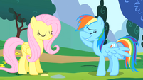 Fluttershy's cheering fails to impress S1E16