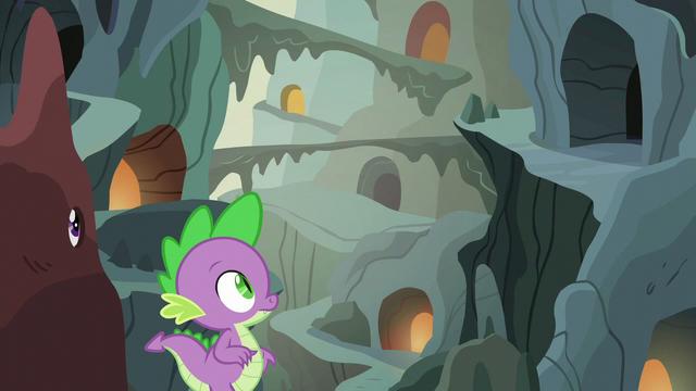 File:Spike enters a familiar crevasse S6E5.png