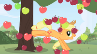Applejack and raining apples S1 opening