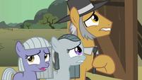 Pinkie Pie family hesitate S01E23