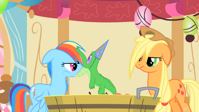 File:Rainbow Dash gets her surprise S1E25.png