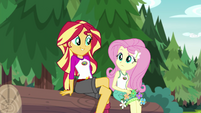 Sunset Shimmer sits down next to Fluttershy EG4