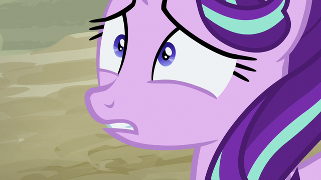 File:Starlight Glimmer looking scared S6E25.png