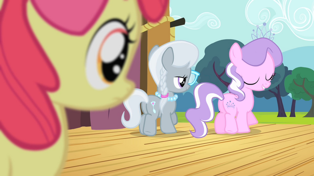 File:Apple Bloom sees Diamond Tiara and Silver Spoon walking away S4E05.png