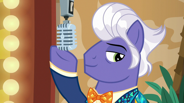 File:Microphone lowers into Gladmane's hoof S6E20.png