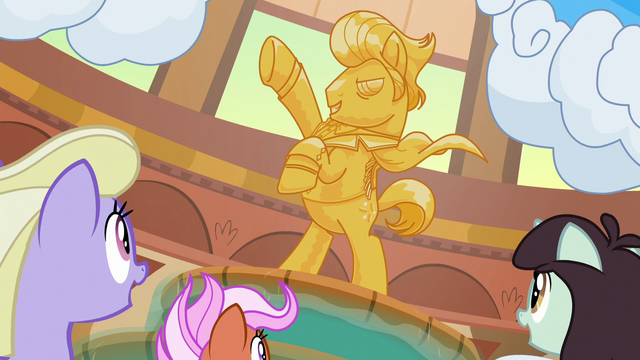 File:Ponies looking at Gladmane's statue S6E20.png