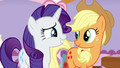Applejack agreeing with Rarity S7E9.png