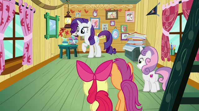 File:Rarity explores the CMCs' clubhouse S7E6.png