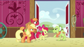 "Apple Bloom ""what's so funny?"" S6E23.png"