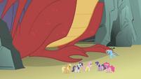 Ponies congratulating Fluttershy S1E07