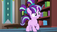 Filly Starlight sees Sunburst walking away S5E26