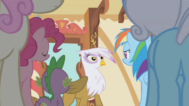 File:Gilda surprised S1E05.png
