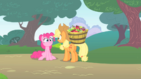 Pinkie Pie reveals she knew Twilight was following her S1E15