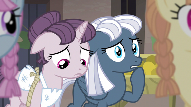 File:Sugar Belle and Night Glider feel sympathy S5E02.png