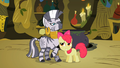 Apple Bloom flatters Zecora S02E06.png