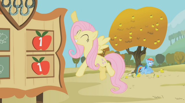 File:Fluttershy in charge of the scoreboard S1E13.png
