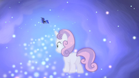 Sweetie Belle and Luna in starry dreamscape S4E19