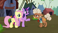 Twilight and Fluttershy meet Ma Hooffield S5E23.png