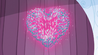 Pieces of the Crystal Heart reconstituted S6E2