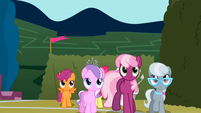 File:Cheerilee leading her class S2E01.png