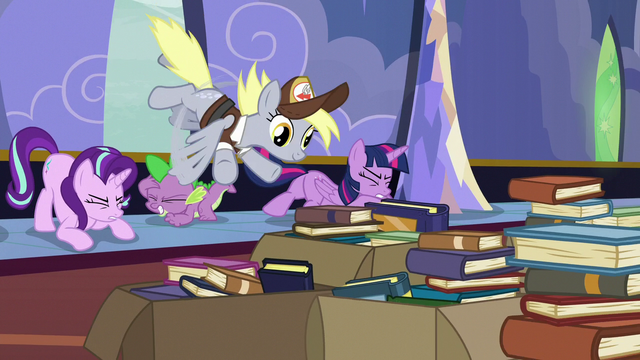 File:Derpy flies in through the castle window S6E25.png
