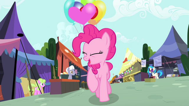 File:DJ Pon-3 at the Foal and Filly Fair S4E23.png