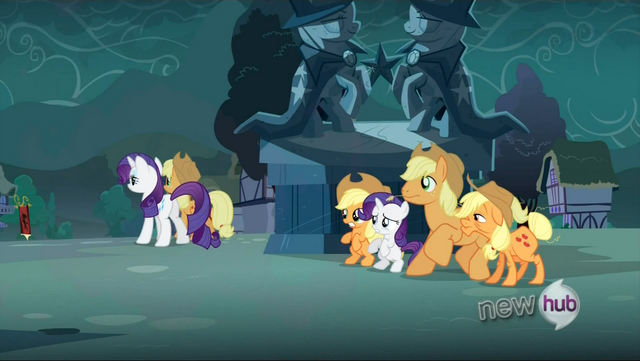 File:Applejack and Rarity switch out S3E5.png
