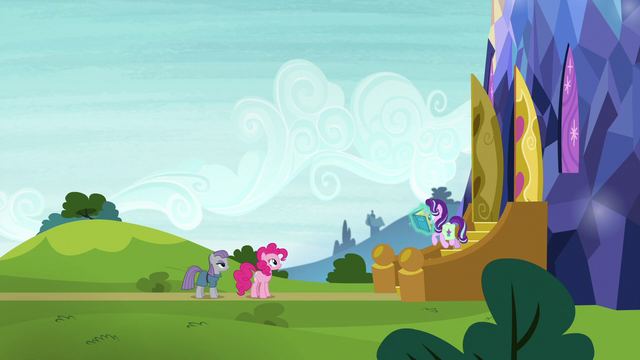File:Starlight Glimmer comes out of the castle S7E4.png