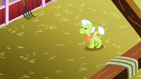 Granny Smith in the barn S3E8