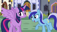Minuette comments on Twilight's wings S5E12