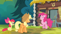 Pinkie Pie giggling S4E09